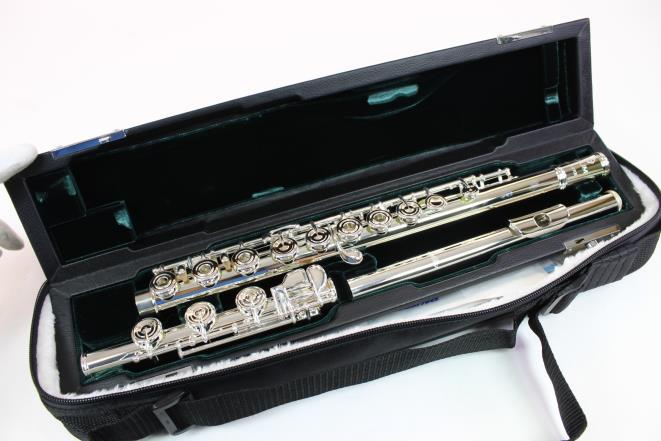 Azumi AZ2SRB Flute Open hole Inline G B Foot MINT DISPLAY MODEL