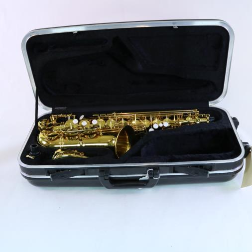 Gemeinhardt Student Alto Saxophone Outfit BRAND NEW